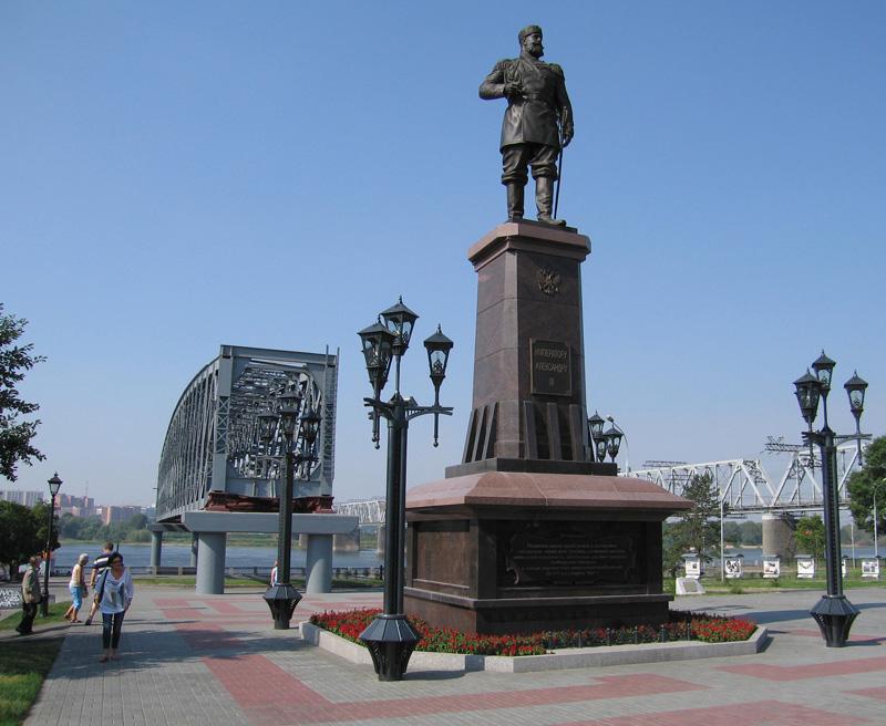 Памятник цена новосибирск у жд вокзала цены на гравировку на памятниках д